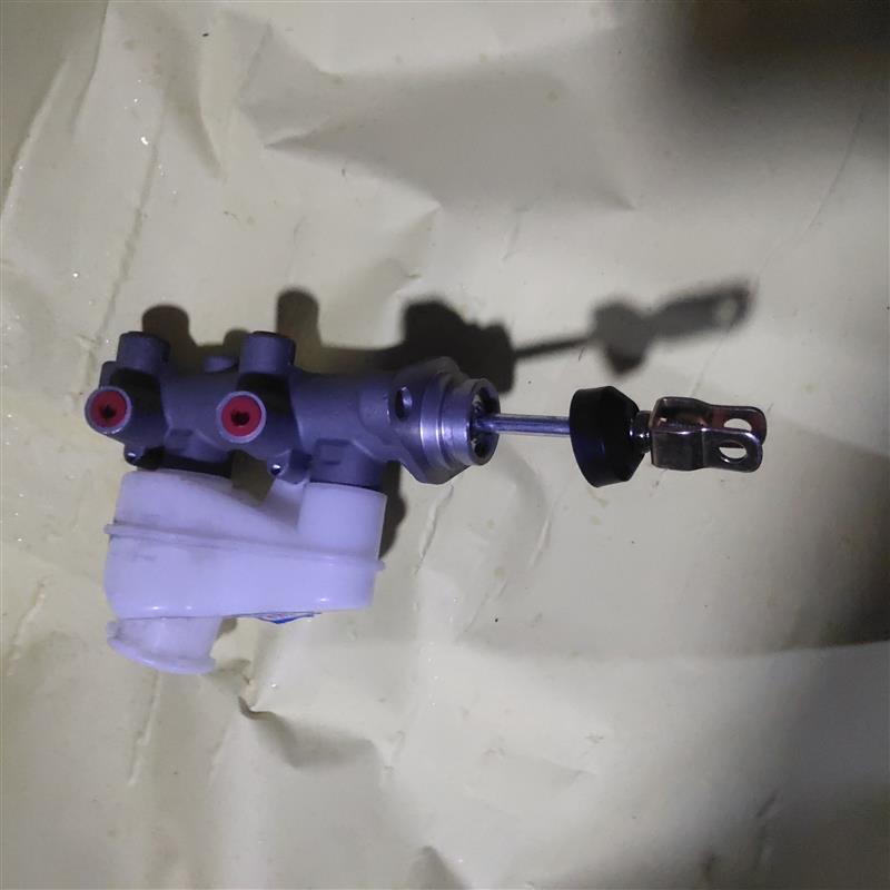 上泵双进双出带壶带杆